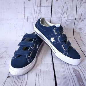 Converse 3 strap velcro shoes blue star size 5 1/2